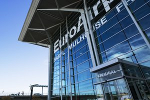 Franco-Swiss agreement for the binational Basel-Mulhouse EuroAirport